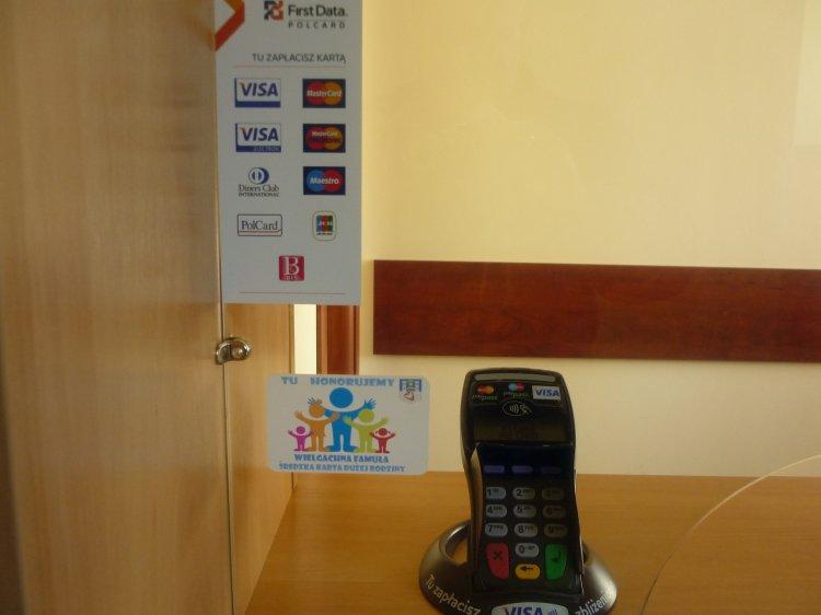 W kasie Stołówek Gminnych można płacić kartą płatniczą.
